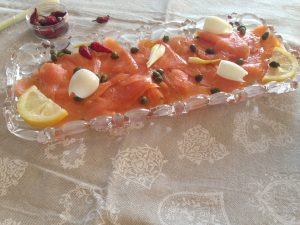 smoked salmon with spring onion